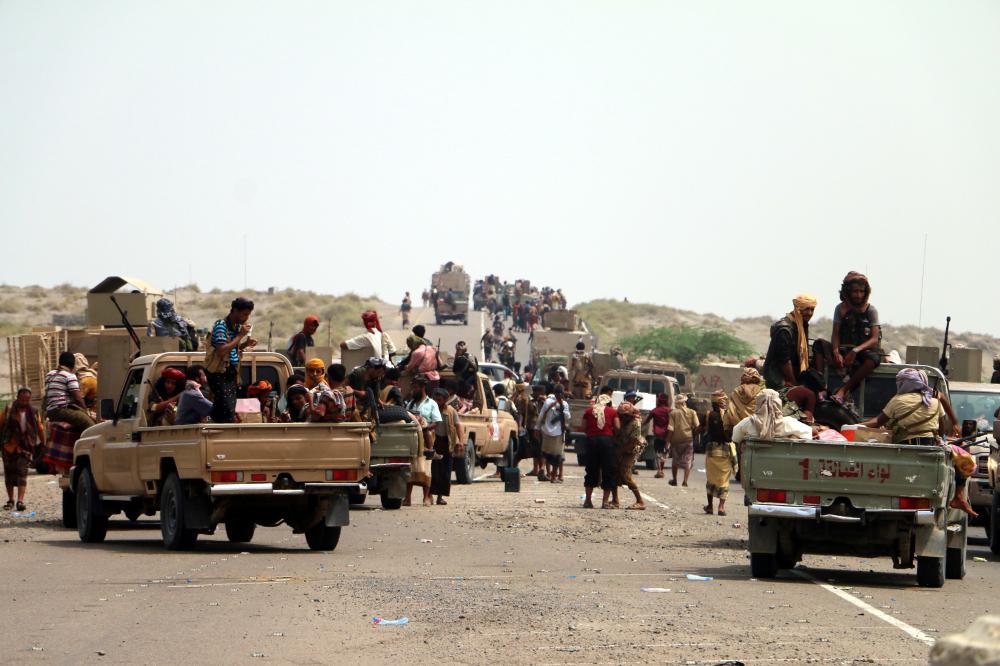 مقاتلون من قوات الشرعية اليمنية في الحديدة. (إي بي إيه)