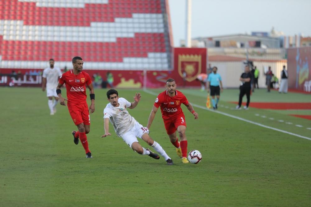 من مباراة الفجيرة والوحدة ضمن دوري الخليج العربي. (الرؤية)