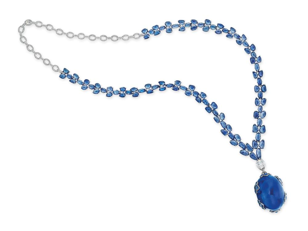 2018_HGK_16131_1884_000(rare_sapphire_and_diamond_pendant_necklace_mounted_by_etcetera)