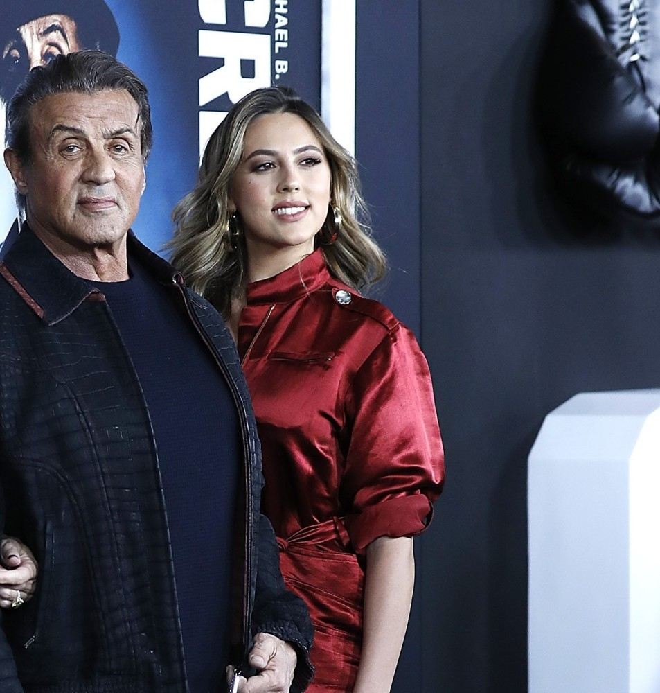 NEW YORK, NEW YORK - NOVEMBER 14: Sylvester Stallone, Jennifer Flavin and SIstine Stallone attend 'Creed II' New York Premiere at AMC Loews Lincoln Square on November 14, 2018 in New York City. John Lamparski/Getty Images/AFP == FOR NEWSPAPERS, INTERNET, TELCOS & TELEVISION USE ONLY ==
