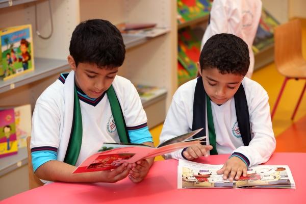ابناء الشهداء طلاب مدارس الامارات الوطنية في إمارة رأس الخيمة 22 11 2018