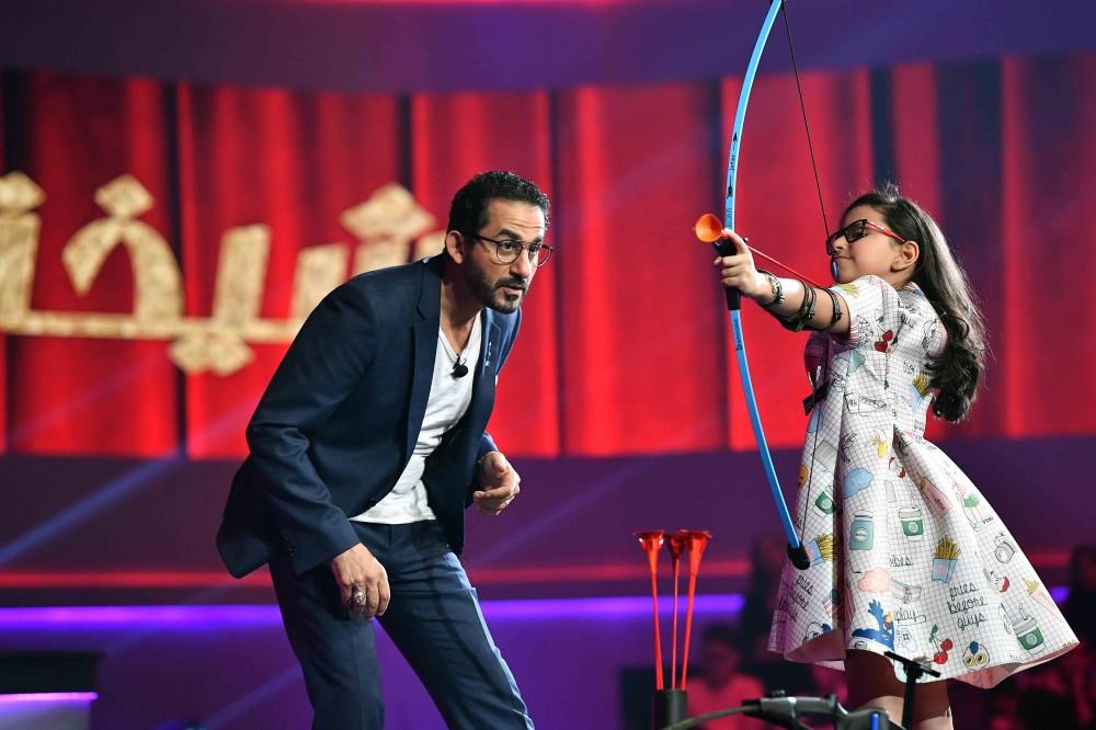 أحمد حلمي في برنامج نجوم صغار. (الرؤية)