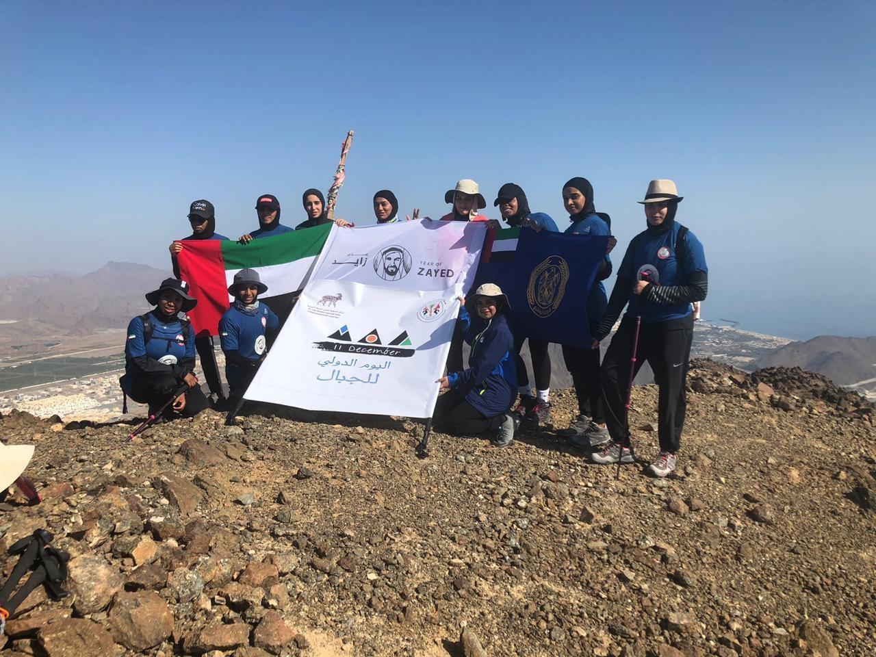 أعضاء فريق الملوك الإماراتية. (الرؤية)