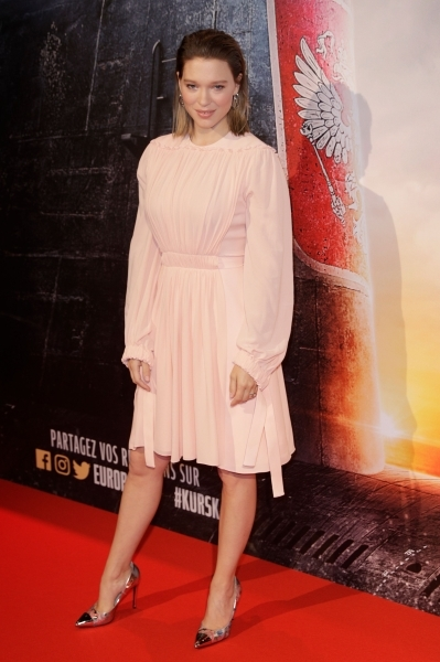 French actress Lea Seydoux poses on the red carpet prior to the premiere of the movie 'Kursk' at La Cite Du Cinema on October 25, 2018 in Saint-Denis. (Photo by Geoffroy VAN DER HASSELT / AFP)