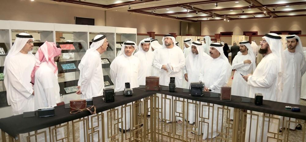 خلال افتتاح معرض «الإمارات للهوايات والمقتنيات الخاصة» في دبي أمس الأول. (الرؤية)
