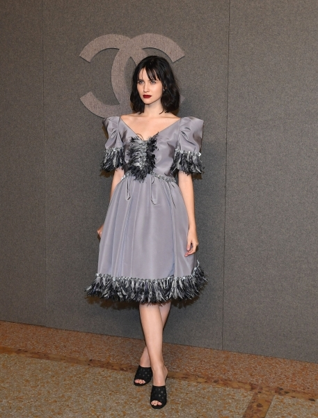 US actress Julia Goldani Telles attends the Chanel Metiers D'Art 2018/19 Show at The Metropolitan Museum of Art on December 4, 2018 in New York City. (Photo by Angela Weiss / AFP)