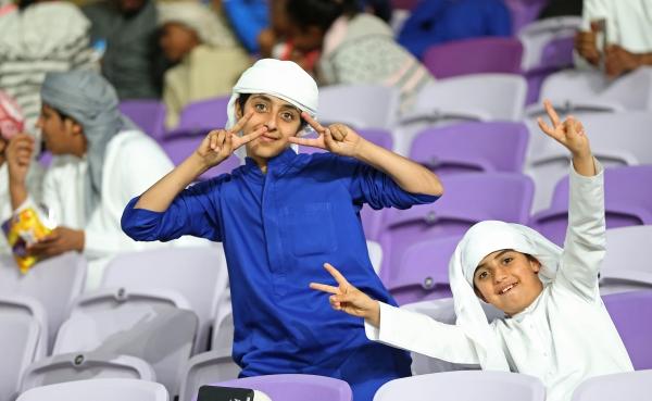 جماهير مباراة نادي العين ونادي الترجي في بطولة كأس العالم للاندية في ستاد هزاع بن زايد في العين 15 12 2018