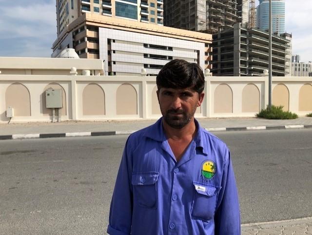 فاضل محمد باكستاني عامل بناء