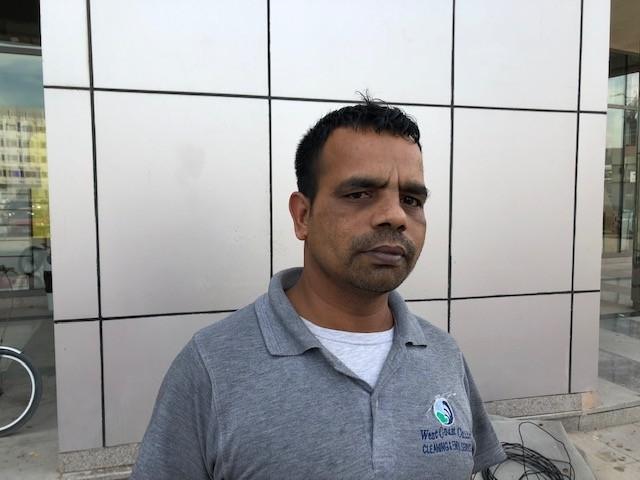 خانكل بنغلادش عامل نظافة