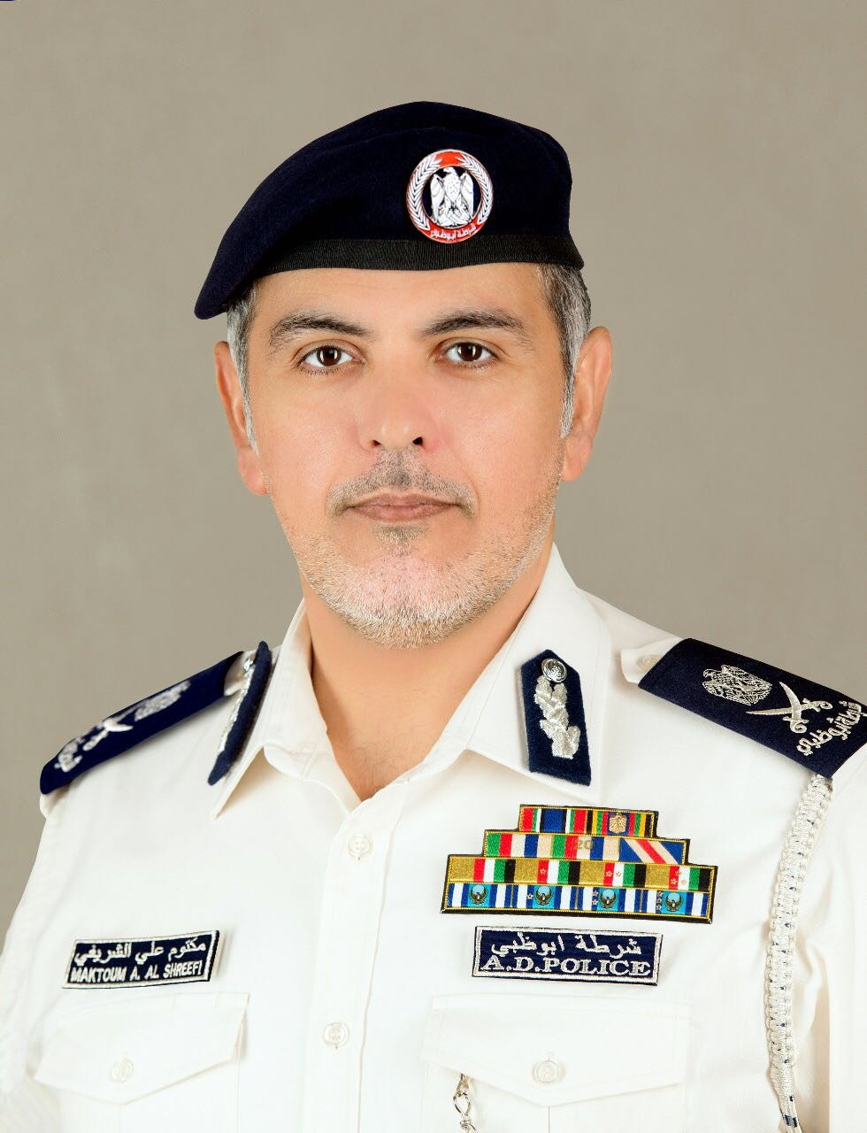 اللواء مكتوم علي الشريفي، مديرعام شرطة أبوظبي