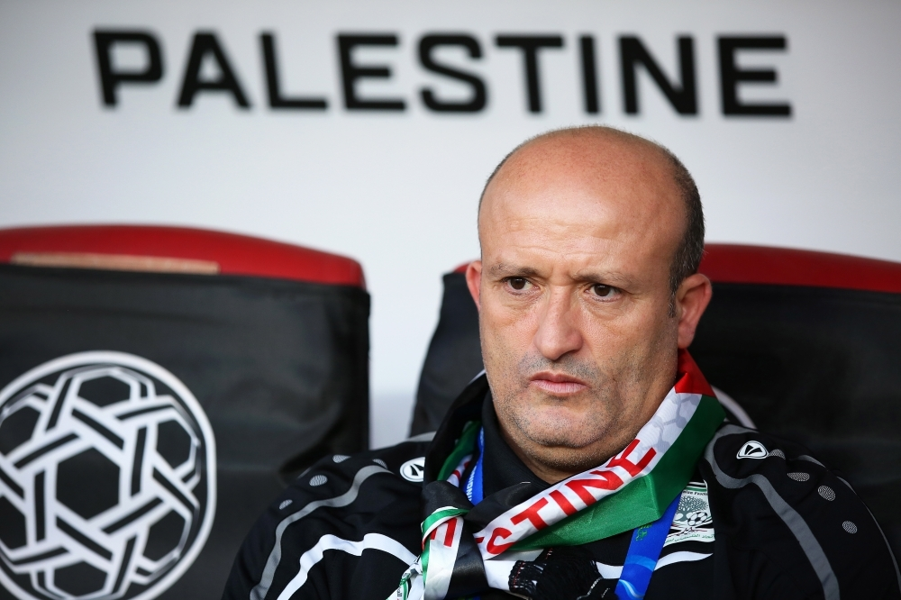 مدرب منتخب فلسطين نور الدين ولد علي. (رويترز)