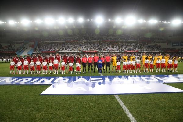 مباراة الامارات واستراليا في كأس آسيا على استاد هزاع بن زايد بمدينة العين 25 01 2019