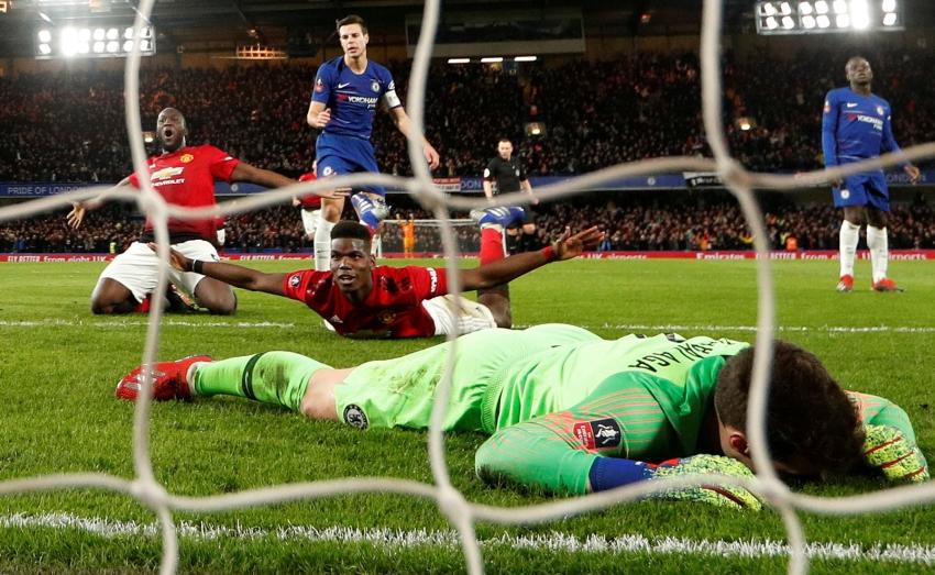 من مباراة مانشستر يونايتد وتشيلسي ضمن كأس الاتحاد. (رويترز)