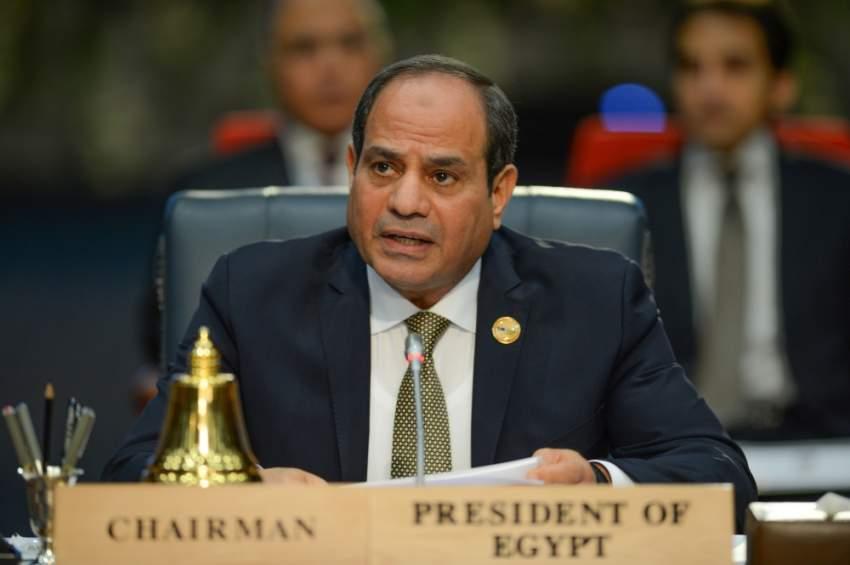 عبدالفتاح السيسي متحدثاً في افتتاح القمة.