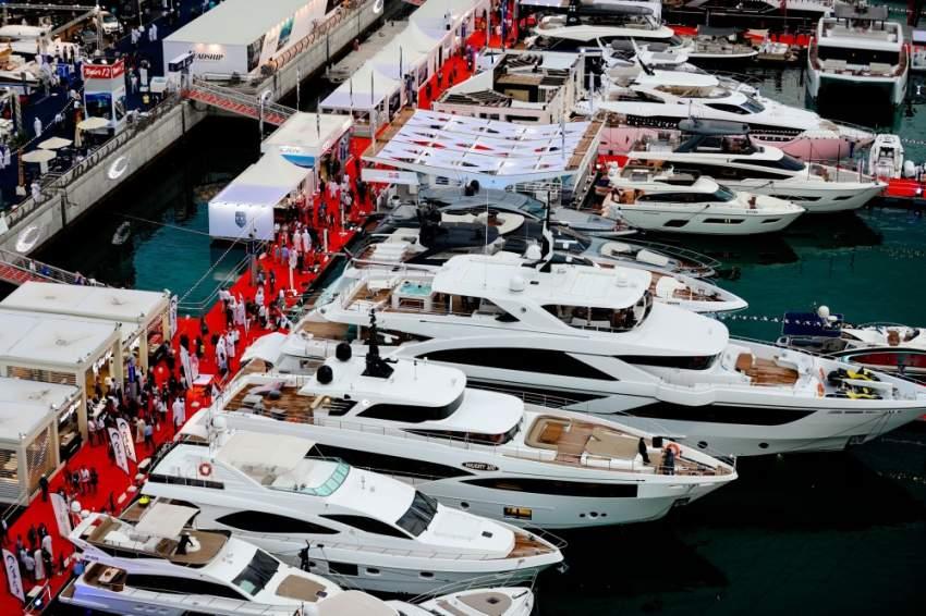 800 شركة شاركت في انطلاق معرض دبي العالمي للقوارب. (الرؤية)