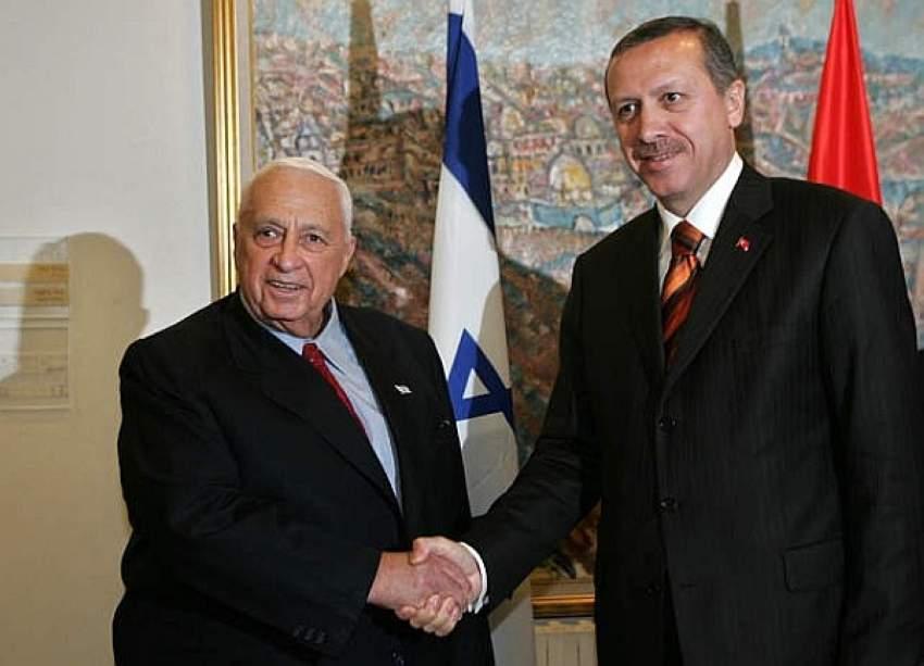 أردوغان مع رئيس الوزراء الإسرائيلي الأسبق إرييل شارون