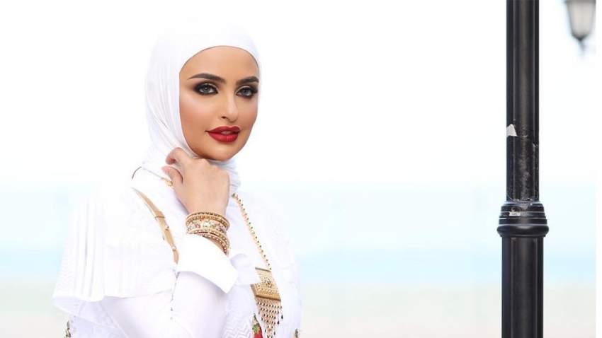 حجاب عصري بأسلوب سندس القطان