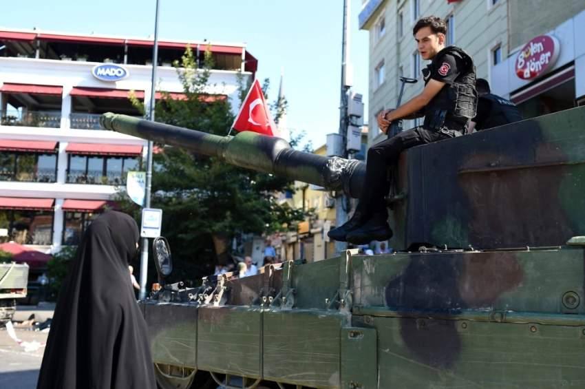 من أحداث الانقلاب الفاشل في تركيا. (إي بي إيه)
