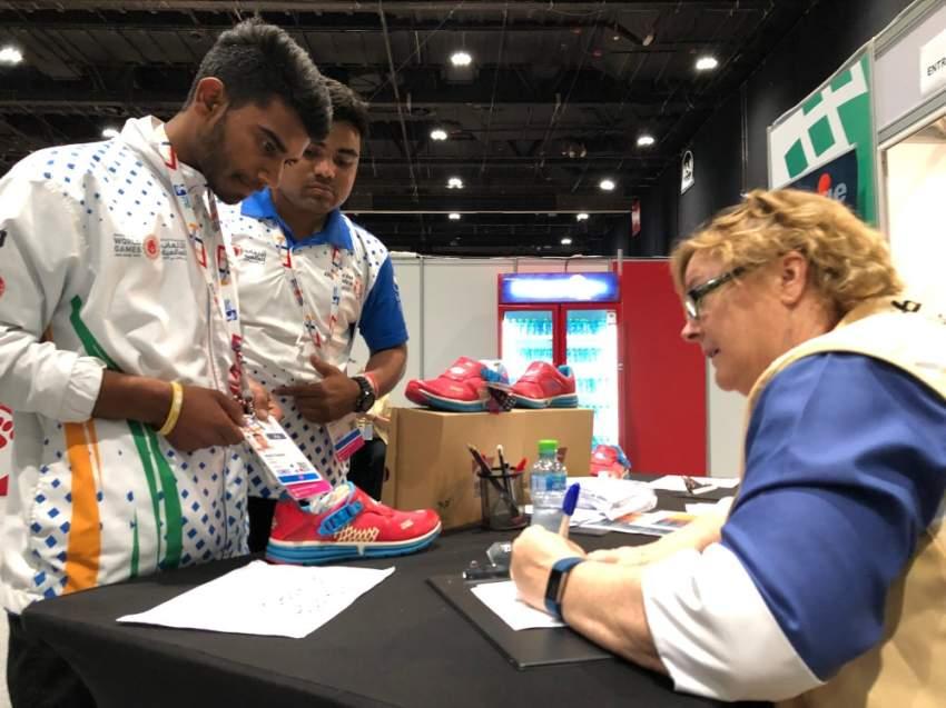 جانب من الأحذية الخاصة التي تمنح لأصحاب الهمم المشاركين في  الأولمبياد الخاص