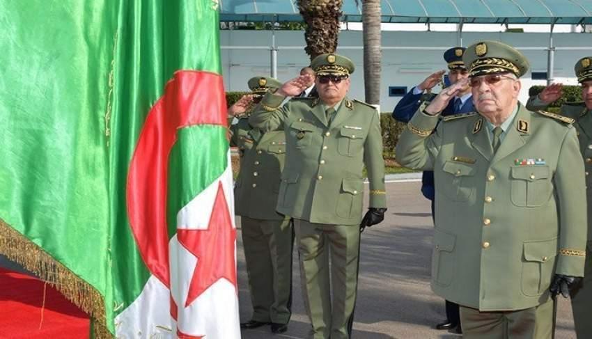 رئيس أركان الجيش الجزائري يطلب إعلان عجز الرئيس عن أداء مهامه