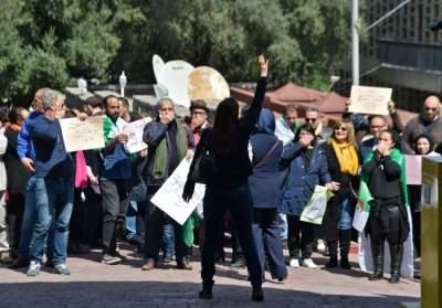 تظاهرة وسط الجزائر العاصمة. (أ ف ب)