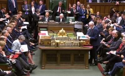 النواب البريطانيون يقرّون تعديلاً يمنحهم دوراً أكبر في تحديد مسار بريكست