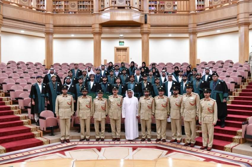 اللواء ابن فهد يشهد تخريج الدفعة الـ 28 لبرنامج الدراسات المسائية