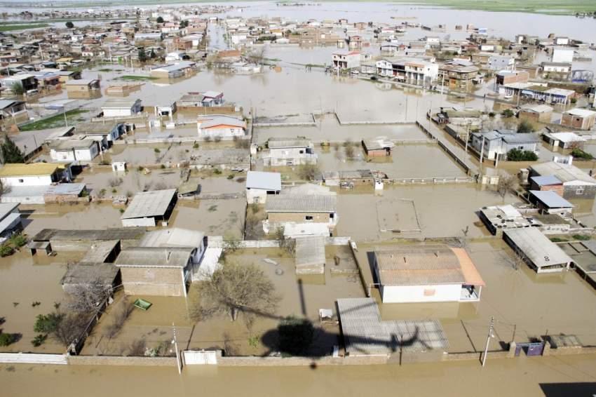 فيضانات عارمة في جولستان الإيرانية. (رويترز)