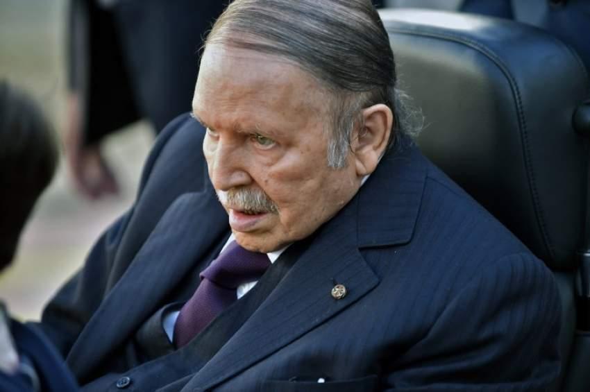 حزب التجمع الوطني الديمقراطي الجزائري يطالب بوتفليقة بالاستقالة