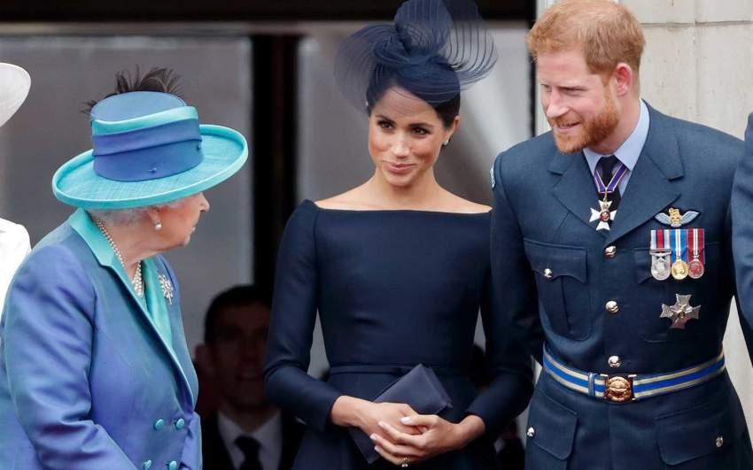 لهذا السبب الملكة إليزابيث تراقب الأمير هاري وميغان ماركل!!