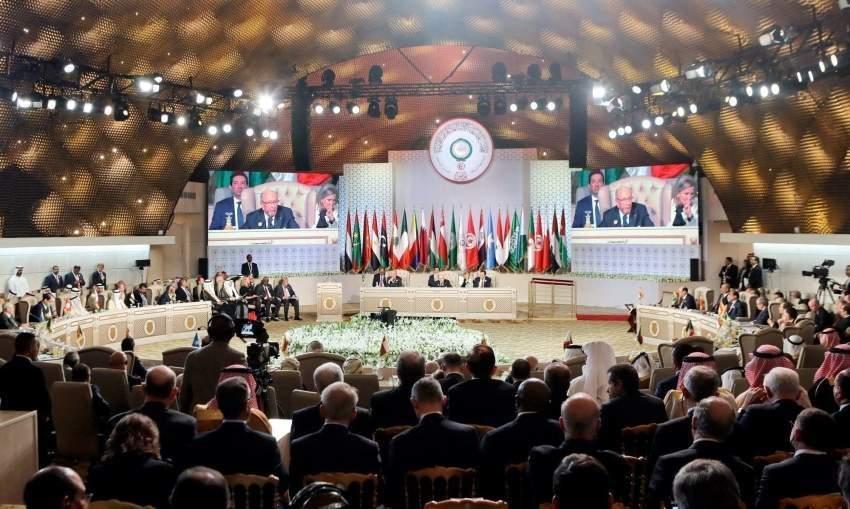 القمة العربية تشيد بمبادرة محمد بن راشد بتخصيص مشروع قمر صناعي للعلماء العرب