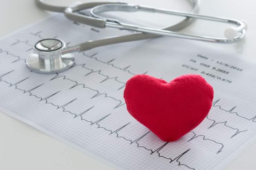 علاقة أمراض القلب والمخ بالإصابة بالخرف