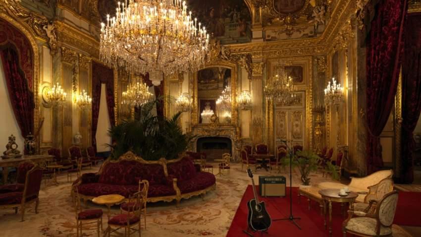 حفلة موسيقية في جناح نابليون