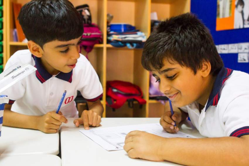 طلاب من مدارس دبي الخاصة