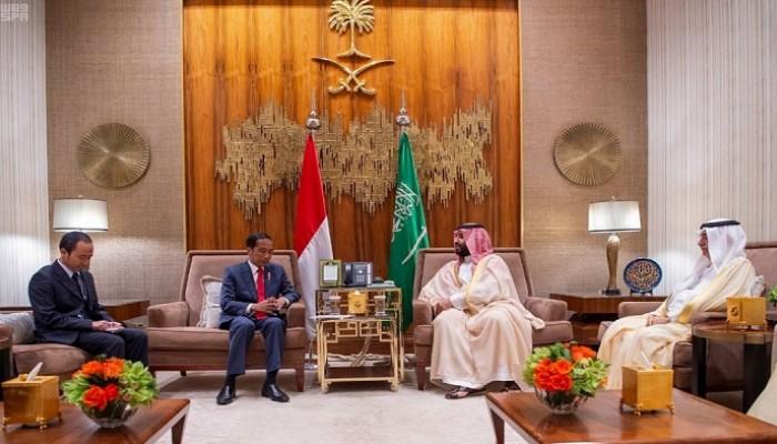 ولي العهد السعودي والرئيس الإندونيسي يبحثان التطورات الإقليمية والدولية