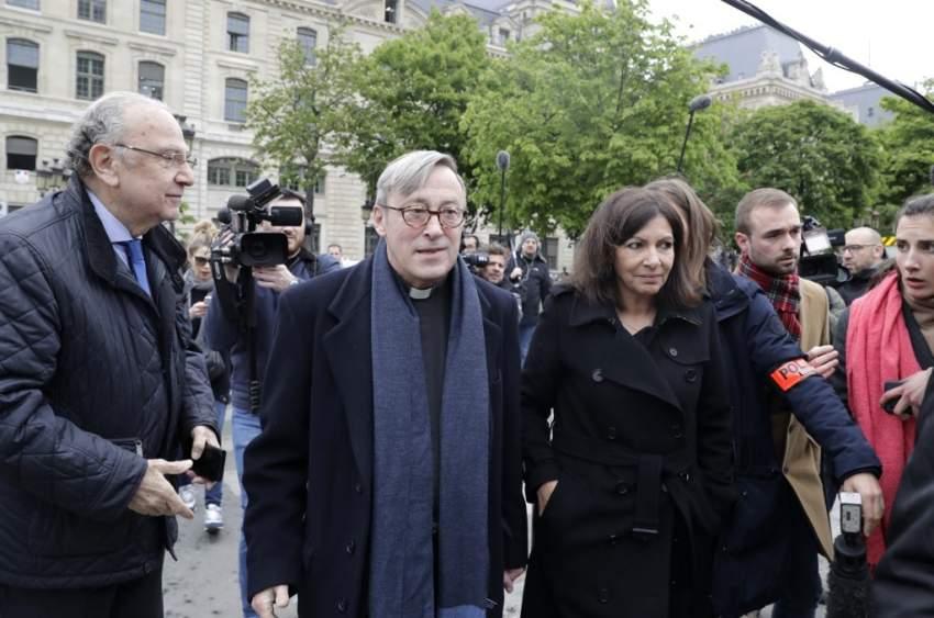رئيسة بلدية باريس تقترح «مؤتمراً دولياً» لإعادة بناء نوتردام