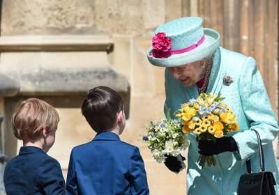 الملكة إليزابيث تحتفل بعيدها الـ 93 وسط غياب ميغان ماركل