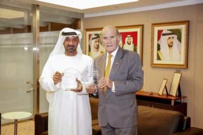 الشيخ أحمد بن سعيد آل مكتوم، الرئيس الأعلى الرئيس التنفيذي لطيران الإمارات