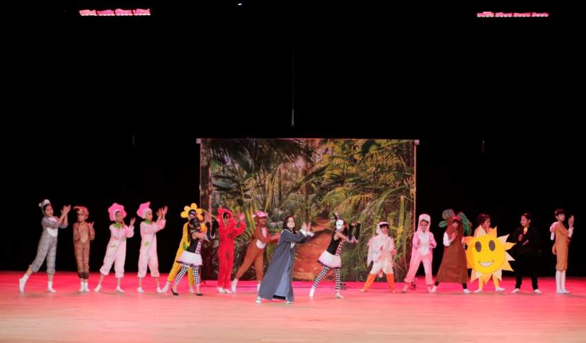 تميزت عروض «دبي للمسرح المدرسي» بالجرأة في مناقشة القضايا الاجتماعية.