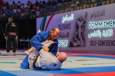 جانب من منافسات اليوم الرابع لبطولة ابوظبي لمحترفي الجوجيتسو (تصوير: محمد بدر الدين ـ