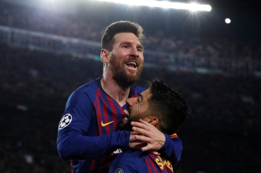 ميسي يحتفل بذكرى أول أهدافه مع برشلونة بعد تحقيقه 600 هدف