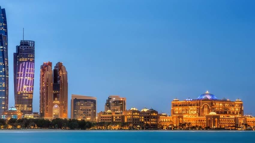 كشفت دائرة الثقافة والسياحة بأبوظبي عن تحقيق العاصمة أرقاما قياسية جديدة بأعداد الزوار ونزلاء الفنادق خلال الربع الأول من العام الحالي
