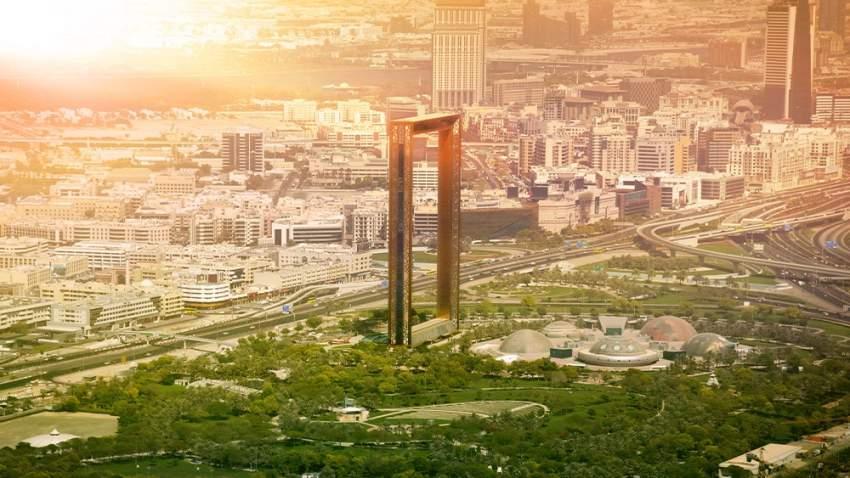 نجحت الإمارات في ترسيخ جاذبيتها وموقعها المتميز في قلب خارطة السياحة العالمية