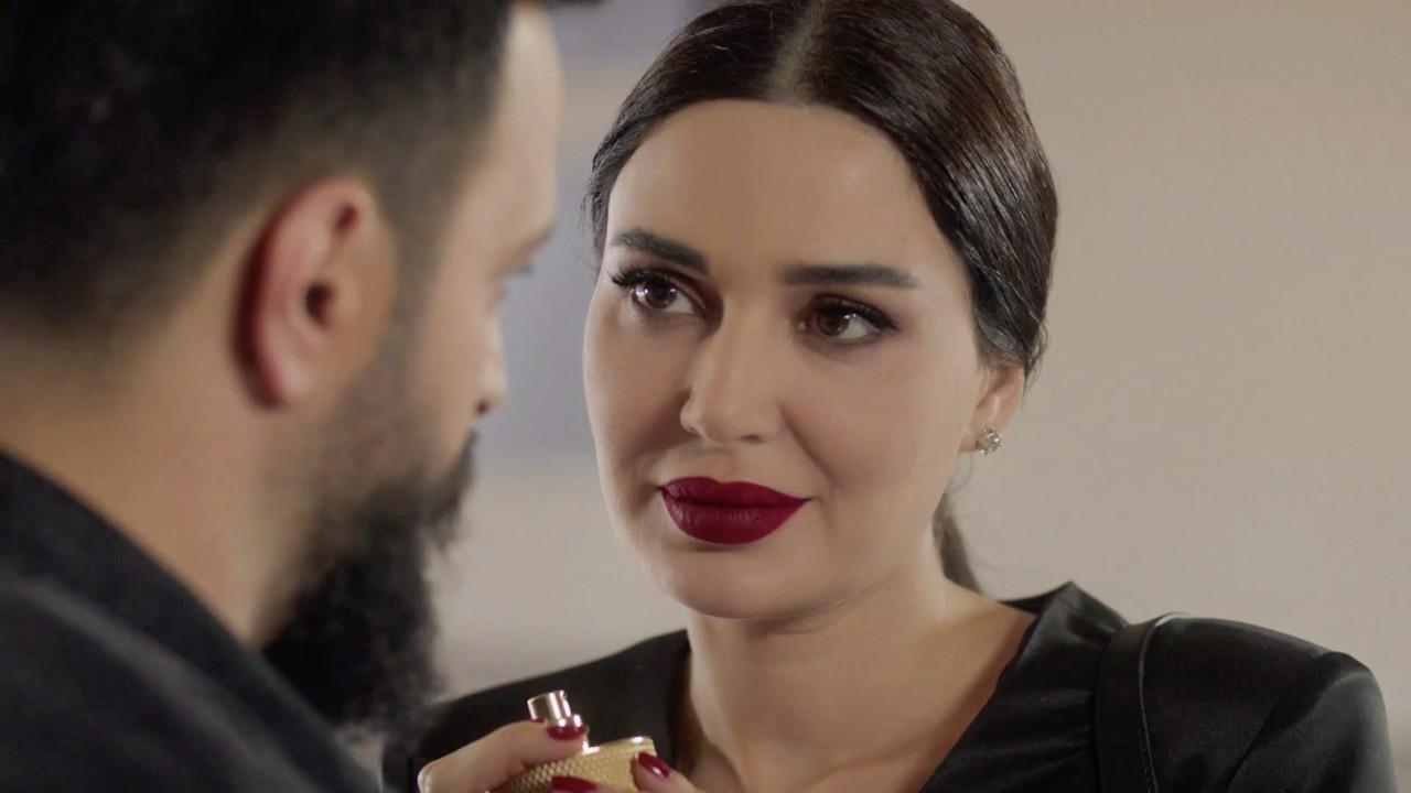 سيرين عبد النور لاقت انتقادات واسعة بسبب استعانتها بأحمر الشفاه الفاقع في معظم مشاهد المسلسل