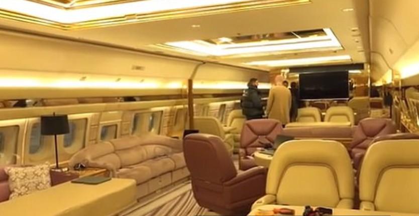 صالة فاخرة داخل الطائرة