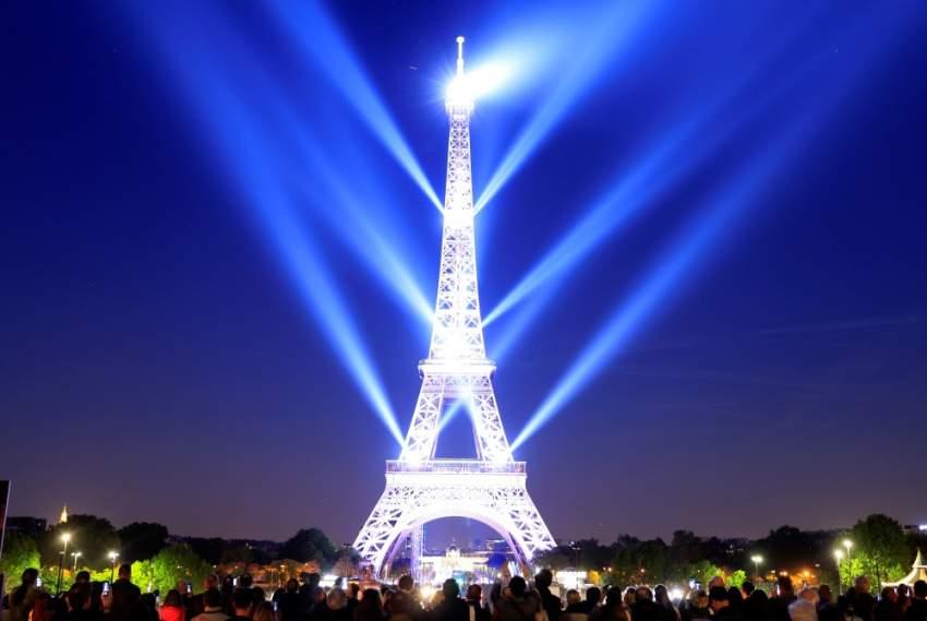 صادف أمس الـ15 من مايو تاريخ الافتتاح الرسمي لبرج إيفل أمام الجماهير