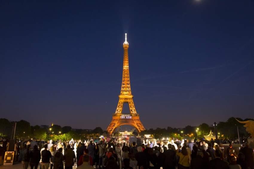 ظل أطول برج في العالم حتى عام 1929 بارتفاع يبلغ 324 متراً