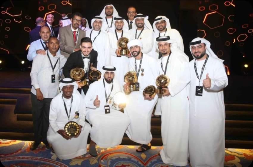 من حفل تتويج فريق الشارقة بجوائز دوري الخليج العربي. (الرؤية)