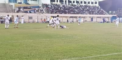 من مباريات بطولة حمدان بن زايد لكرة القدم في الظفرة. (الرؤية)