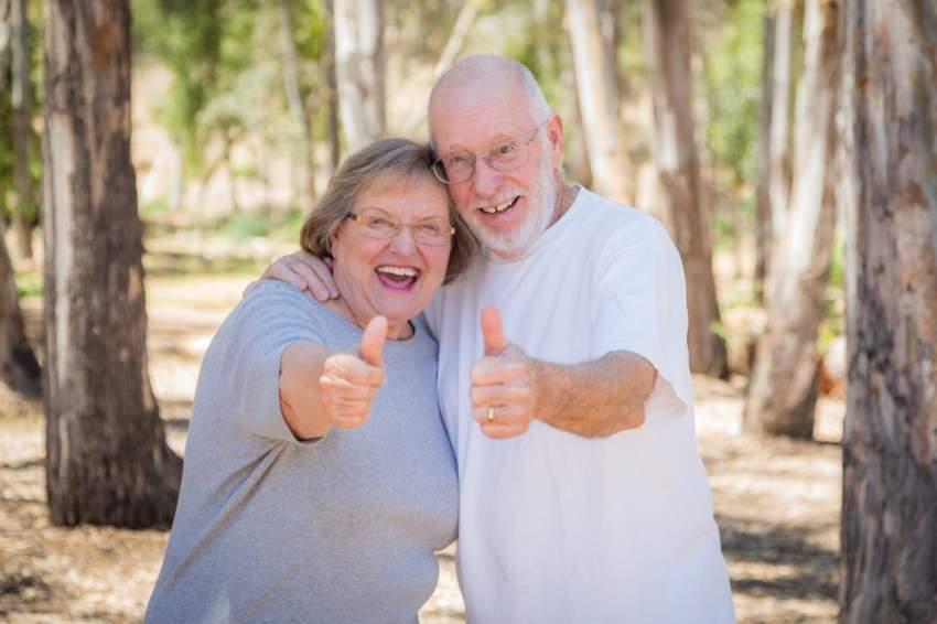 ما العلاقة بين السعادة الزوجية والعمر الطويل.. علماء يجيبون